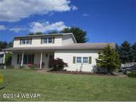 20 Aztec Lane Williamsport PA, 17701