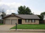 809 W 8th St Edmond OK, 73003