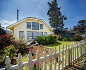 4445 Independence Ave Neskowin OR, 97149