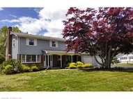 10 Colonial Dr Waterford CT, 06385