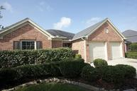 2211 Ridgefield Park Ln Richmond TX, 77469