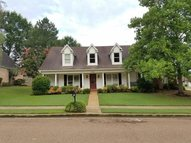 1005 Tara Woods Collierville TN, 38017