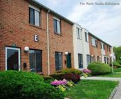 Red Bank Run Townhomes Apartments Woodbury NJ, 08096