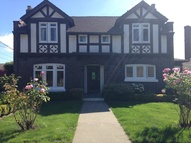 1526 Palm Ave Sw Seattle WA, 98116