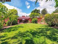 58 Hacienda Circle Orinda CA, 94563