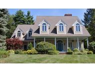 53 Deerwood Hollow Chester NH, 03036