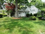 2 Wadsworth Pl Smithtown NY, 11787