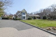 17 Fleet Ct Northport NY, 11768