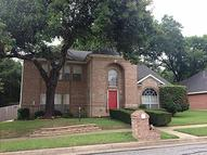 2416 Hedgeapple Dr. Arlington TX, 76001