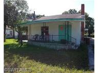 4134 Woodside Ave Fort Myers FL, 33916