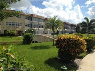 4800 Nw 35th St, Unit 402 Lauderdale Lakes FL, 33319