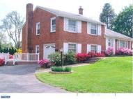 110 Governors Dr Wallingford PA, 19086