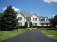 10 Cherry Hill Circle Hawthorn Woods IL, 60047