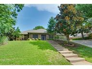 503 Country Wood Ct Arlington TX, 76011