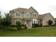 28 Richies Way Pleasant Valley NY, 12569