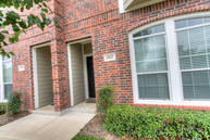 305 Holleman # 202 College Station TX, 77840