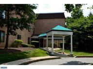 1640 Oakwood Dr #W212 Narberth PA, 19072