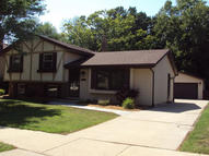 8495 S Parknoll Dr Oak Creek WI, 53154