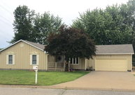 2406 S Stilwell Pittsburg KS, 66762