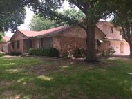 2527 Pinebluff Drive Dallas TX, 75228
