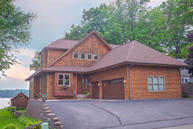 5729 Wagner Ln West Bend WI, 53095
