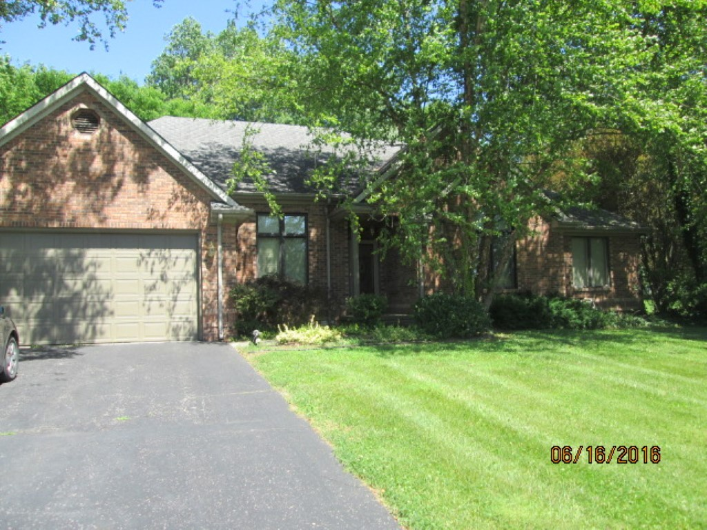 80 N Willow Dr Madison IN, 47250
