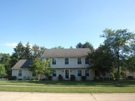1012 Williamsburg Drive Charleston IL, 61920
