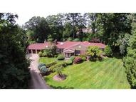 21 Taft Dr Short Hills NJ, 07078