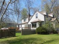 24 Midwood Rd Branford CT, 06405