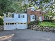 51 Gloucester Rd Summit NJ, 07901