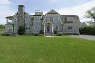 2 Meadow Place Old Greenwich CT, 06870