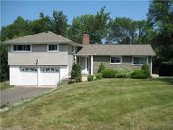 5 Skyline Dr Farmington CT, 06032