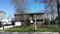 7 Carriage Ln Center Moriches NY, 11934