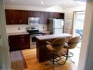 296 Castlewood Dr 296 Bloomfield CT, 06002
