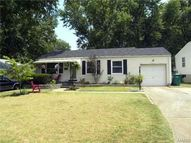 1243 Hoyt Drive Saint Louis MO, 63137