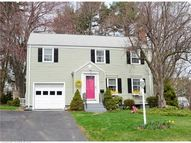 54 Iroquois Rd West Hartford CT, 06117