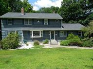23 Sycamore Ln Oxford CT, 06478