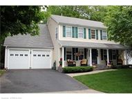 39 Oak Ridge Lane Milford CT, 06461