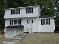3 Tidmouth Court Naugatuck CT, 06770