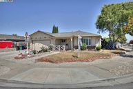 6448 Narcissus Ave Newark CA, 94560