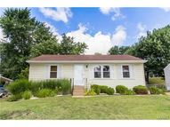 10567 Kamping Lane Saint Louis MO, 63123