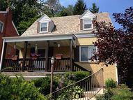 207 Beisner Avenue Brentwood PA, 15227