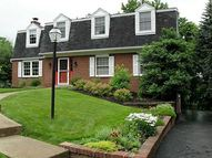 3868 Henley Drive Pittsburgh PA, 15235