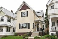 2892 S Wentworth Ave Milwaukee WI, 53207