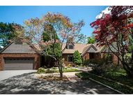 8 Forrest View Dr Scituate RI, 02831