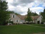 5 Williamine Drive Newton NH, 03858