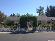 273 Oak Ave Ripon CA, 95366