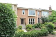 35 Valerian Court Rockville MD, 20852