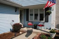 924 S Imperial Dr Hartland WI, 53029