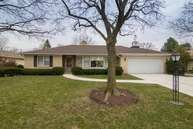 2229 Woodview Lane Park Ridge IL, 60068